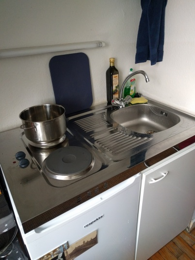 ...my new kitchenbox.
