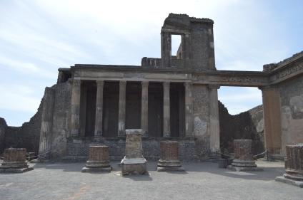 pompei_ruins_02