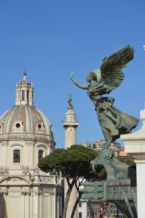 rome_piazza_venezia_14