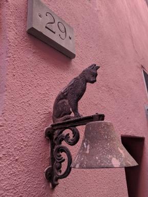 Cute doorbell in Vernazza.